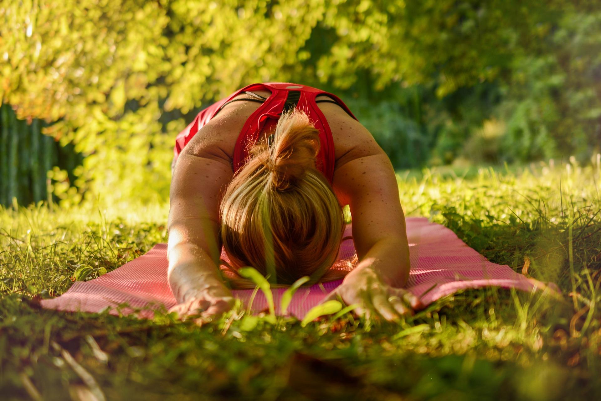 Yoga en el campo