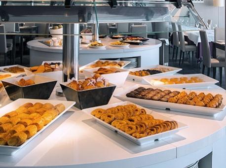 Hotel-Balneario-Alhama-de-Aragon-buffet-458-340