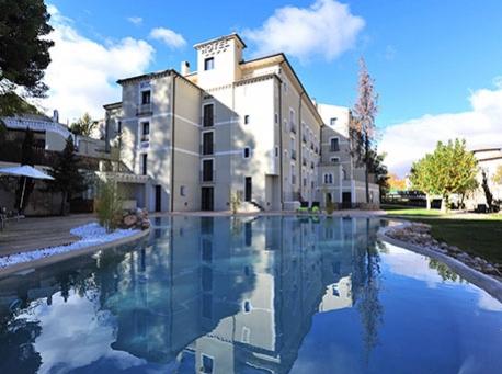 Hotel-Balneario-Alhama-de-Aragon-exterior-700-234