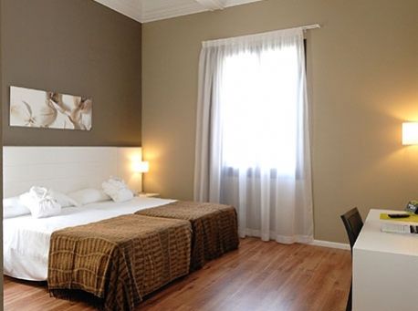 Hotel-Balneario-Alhama-de-Aragon-habitacion-458-340
