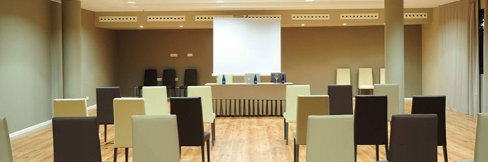 Hotel-Balneario-Alhama-de-Aragon-sala-700-234